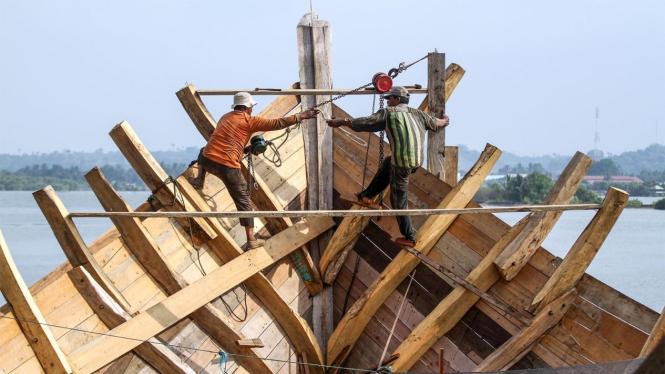 Ilustrasi pembuatan Kapal Nelayan Aceh