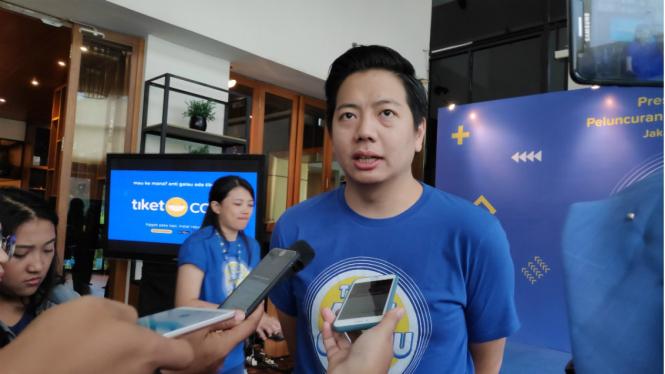 Co-Founder and Chief Marketing Officer tiket.com, Gaery Undarsa.
