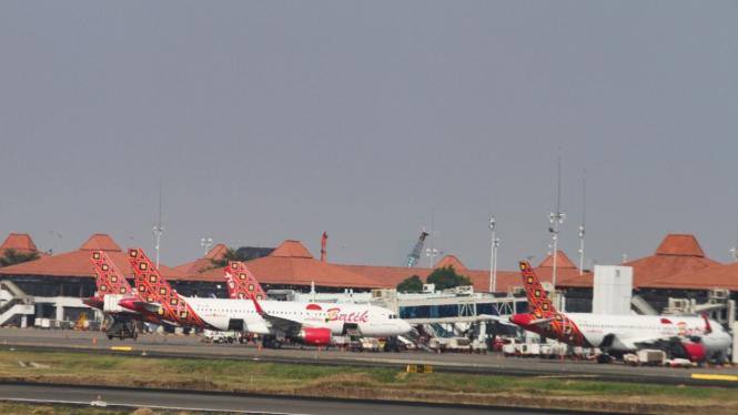 Penurunan Harga Tiket Pesawat LCC