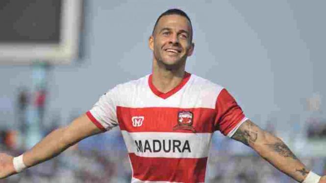 Striker Madura United, Aleksandar Rakic.