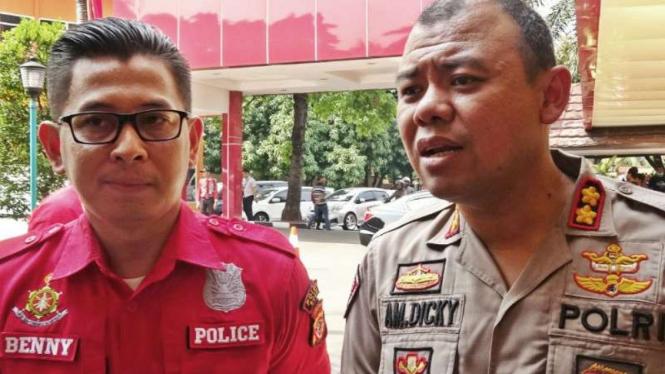 Kapolres Bogor KBP Andi Moch Dicky (kanan).