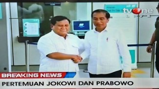 Jokowi dan Prabowo di Stasiun MRT Lebak Bulus