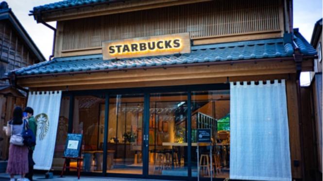 Starbucks di Jepang.