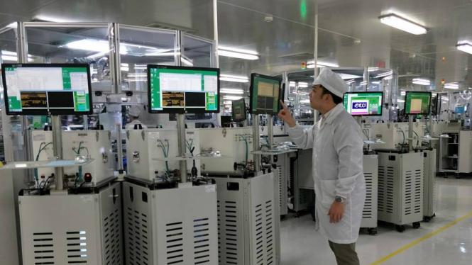 Pabrik Oppo di Dongguan, Guangdong, China