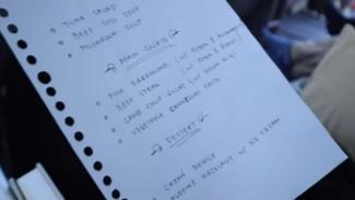 Viral, Daftar Menu Penerbangan Garuda Kelas Bisnis Ditulis Tangan