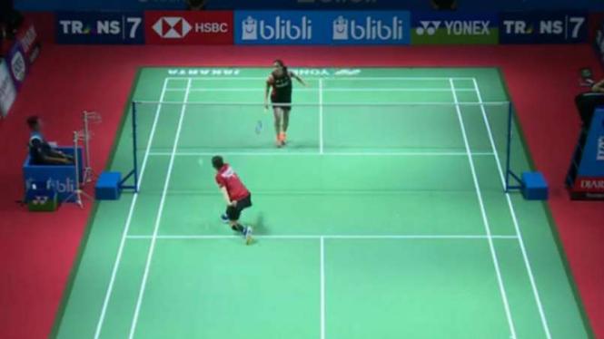 Gregoria Mariska Tunjung vs Pompawee di Indonesia Open.