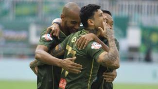 Pemain Tira Persikabo selebrasi gol