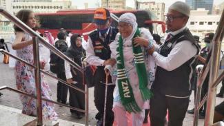 Jemaah haji Kloter 1 Embarkasi Jakarta-Pondok Gede tiba di Mekah Selasa (16/7).