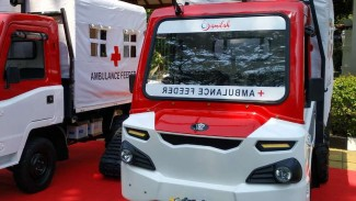 https://thumb.viva.co.id/media/frontend/thumbs3/2019/07/16/5d2dda29b3280-ammdes-versi-ambulans_325_183.jpg