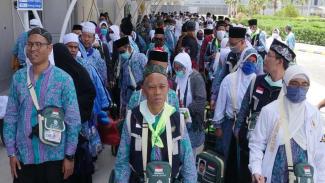 Jemaah haji Indonesia baru tiba di Bandara Amir Mohammad bin Abdul Aziz Madinah