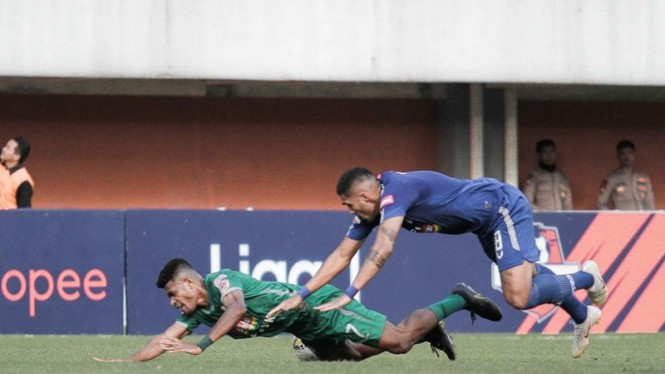 Pertandingan PSS Sleman vs PSIS Semarang