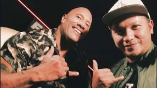 Dwayne Johnson dan Gading Marten