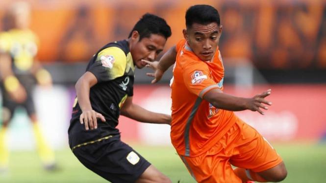 Duel antara Borneo FC vs Barito Putera di Liga 1 2019.