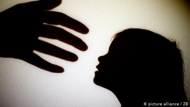 Foto simbol kekerasan terhadap anak.-picture alliance / ZB