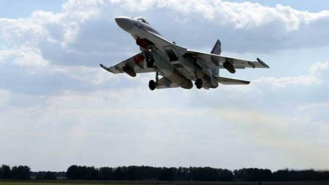 Pesawat Tempur Su-35.