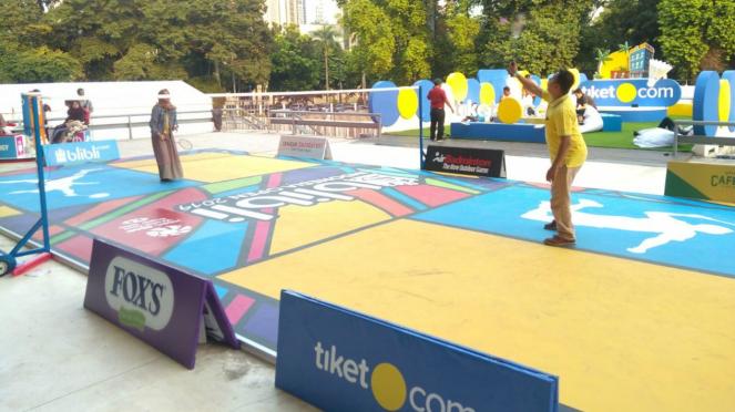 Suasana court badminton outdoor pada ajang Blibli Indonesia Open 2019