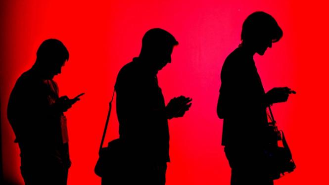 FaceApp Lebih Baik Ketimbang Facebook & Google Soal.... (FOTO: Mike Blake)