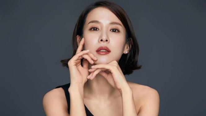 Cho Yeo Jeong.