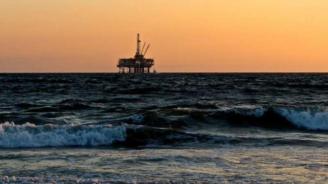 Tambang minyak laut lepas