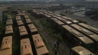 Ratusan Bus Tranjakarta Terlantar di Bogor