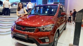 https://thumb.viva.co.id/media/frontend/thumbs3/2019/07/24/5d3807bfbaeb1-wuling-confero-s_325_183.jpg