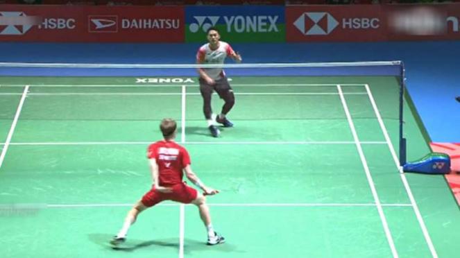 Jonatan Christie vs Anders Antonsen di Japan Open 2019.