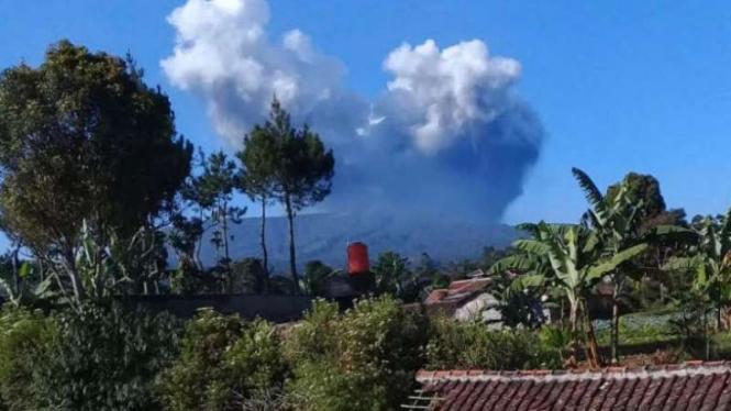 Erupsi gunung Tangkuban Perahu