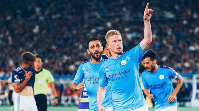 Kevin De Bruyne merayakan gol