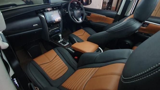 Modifikasi interior mobil