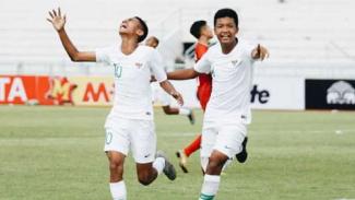 https://thumb.viva.co.id/media/frontend/thumbs3/2019/08/01/5d41d28e8448b-para-pemain-timnas-indonesia-u-16-merayakan-gol_325_183.jpg