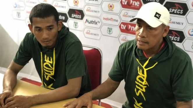 Pelatih PSMS, Abdul Rahman Gurning konferensi pers usai pertandingan