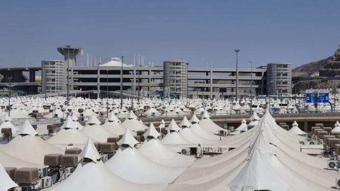 Persiapan tenda jemaah haji di Mina jelang puncak haji 2019