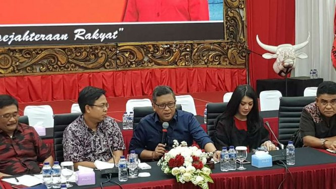 Konferensi pers di kantor DPP PDI Perjuangan, Jakarta, Sabtu, 3 Agustus 2019.