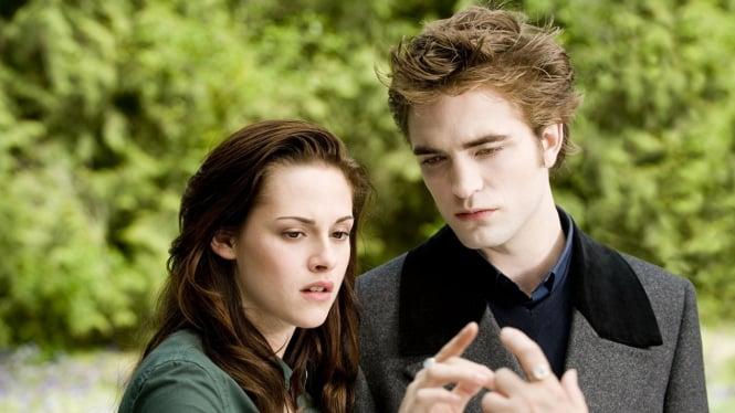 Buku Baru Twilight, Midnight Sun Siap Dirilis: Versi Edward Cullen