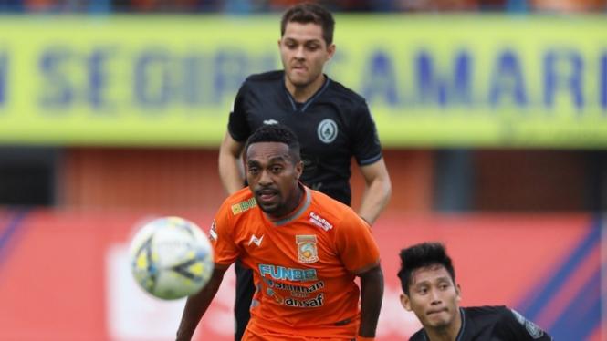 Pertandingan Borneo FC.