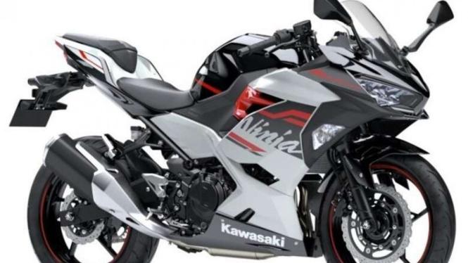 Kawasaki Ninja 250 versi lama.