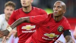 Pemain Manchester United, Ashley Young