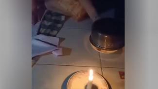 Cara setrika saat listrik padam.