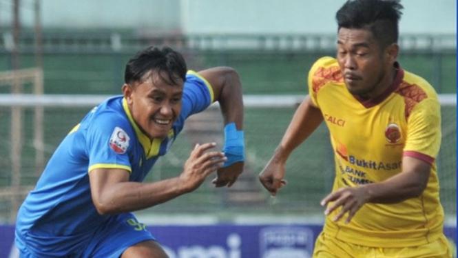 Pertandingan Blitar Bandung United vs Sriwijaya FC