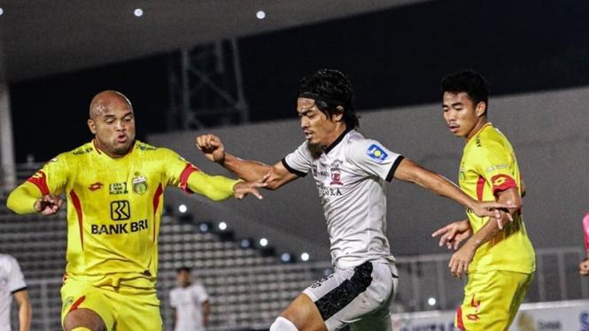 Pertandingan Bhayangkara FC vs Madura United