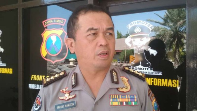 Kepala Bidang Hubungan Masyarakat Polda Jatim Komisaris Besar Polisi Frans Barung Mangera di Surabaya, Kamis, 8 Agustus 2019.