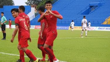 Selebrasi gol pemain Timnas Indonesia U-18