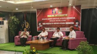 Dialog Interaktif : Bahaya Kawin Kontrak Wanita Indonesia Dengan WNA dari Perspektif Hukum Indonesia.