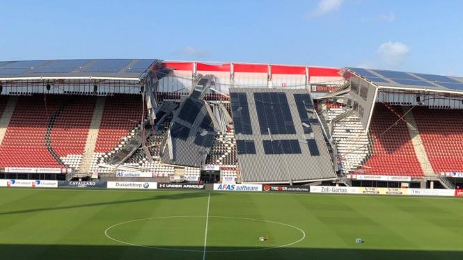 Kandang AZ Alkmaar, AFAS Stadion, roboh terkena angin