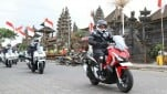 https://thumb.viva.co.id/media/frontend/thumbs3/2019/08/11/5d4f82a1263d5-world-premiere-riding-experience-honda-adv-150-di-bali_151_85.jpg