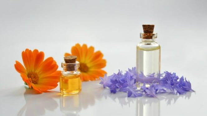 Ilustrasi minyak gosok/essential oils