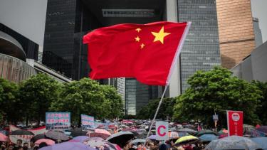 https://thumb.viva.co.id/media/frontend/thumbs3/2019/08/14/5d536c30ddf93-protes-hong-kong-apakah-china-bisa-campur-tangan-secara-militer-dan-politik_375_211.jpg