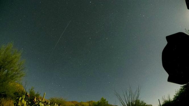 Foto hujan meteor Perseid