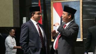Gubernur DKI Jakarta Anies Baswedan dan Ketua DPRD DKI Prasetyo Edi Marsudi