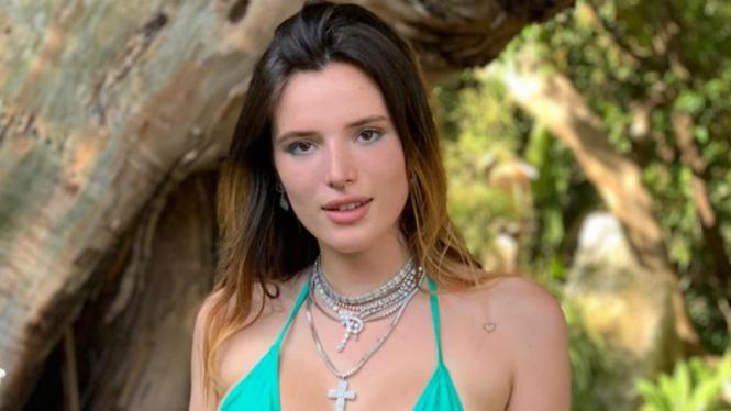 Bella Thorne akan debut di situs Pornhub dengan film porno besutannya.